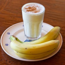bananoatashake1-500x414