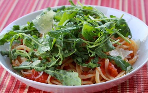 Pasta With Fresh Tomatoes, Arugula, & Parmesan Cheese | Recipe Rebuild